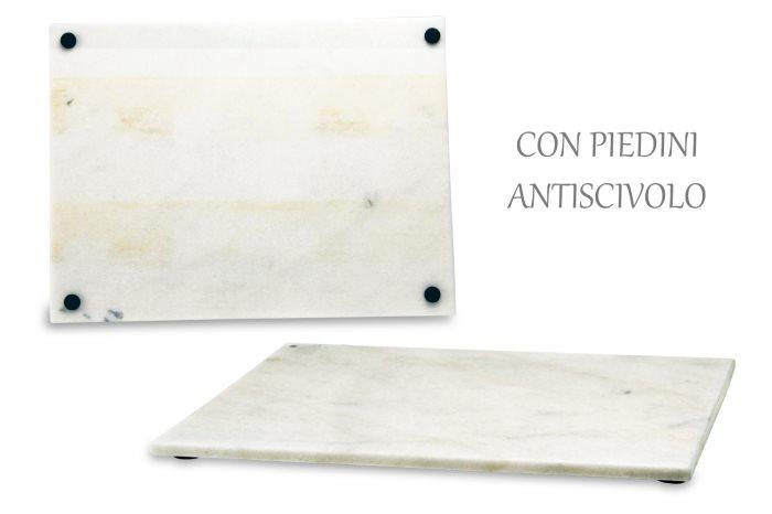 Tagliere per banco bar in marmo bianco con piedini for Tagliere in marmo